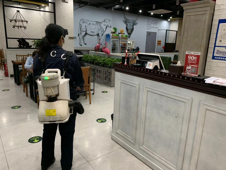 天津除蟑螂公司工作人员