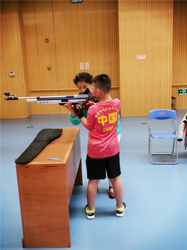 青少年射击培...
