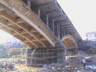 苏通大桥碳纤维板改造
