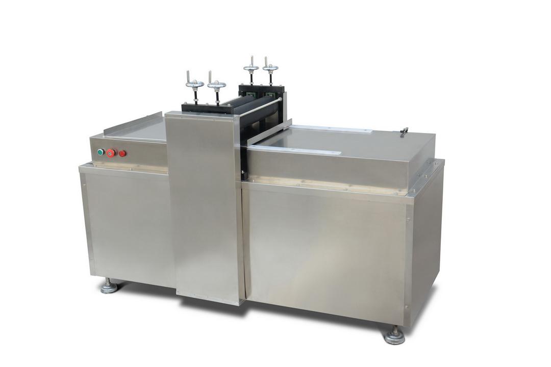 膏藥機系列—RK-2-500型異形膏貼滾切機