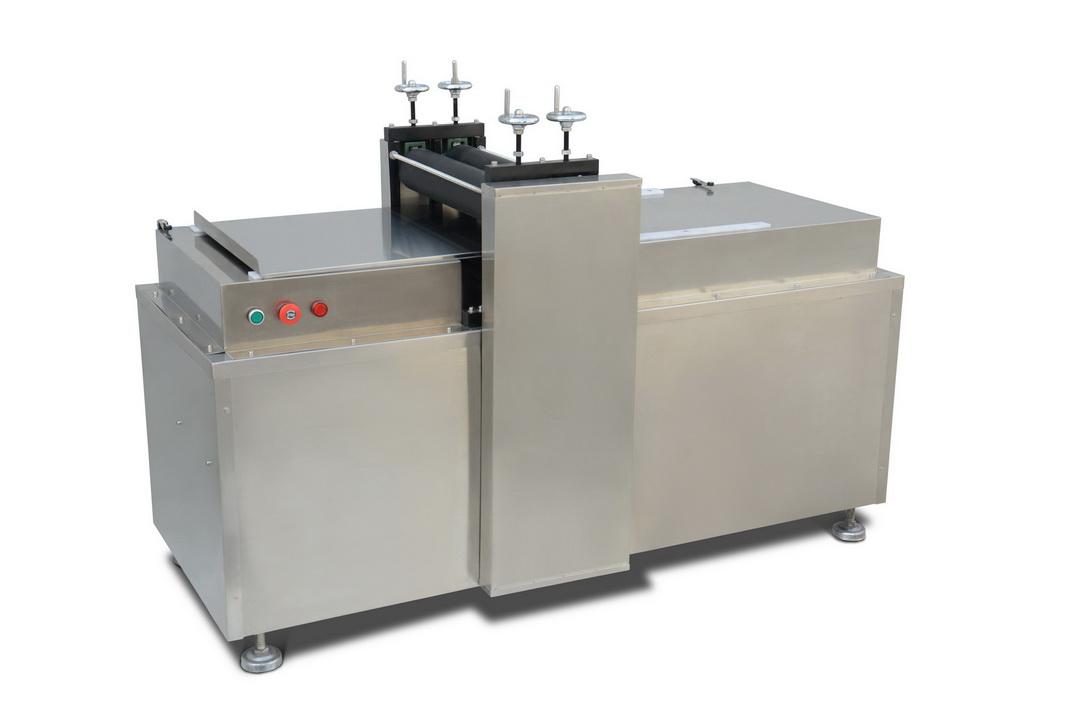 膏藥機系列—RK-2-300型異形膏貼滾切機