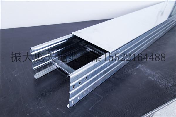 大跨距镀锌槽式桥架