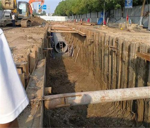 天津鋼板樁出租施工現場