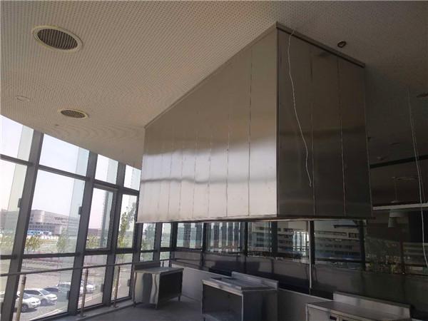 廚房排煙罩施工現場